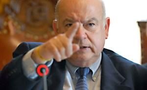 Insulza espera que gobierno y oposición elijan el camino del diálogo