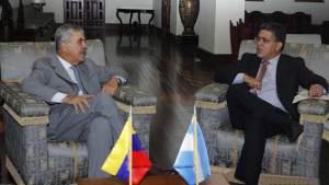 Jaua se reunió con De Vido para intercambios bilaterales