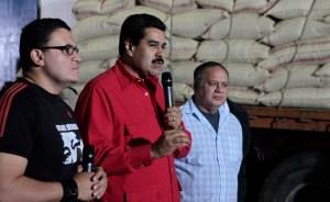 """Maduro afirmó que ABC """"falta el respeto"""" a Chávez todos los días"""