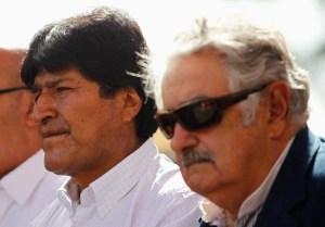 """""""Pepe"""" Mujica y una venezolana hablaron tranquilos durante un vuelo"""