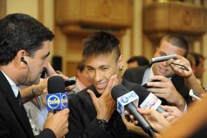 Neymar subrayó que aún no es el momento de ir a Europa