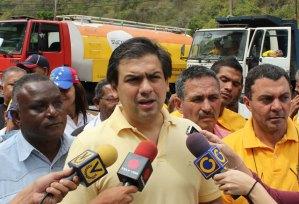 Ocariz: Ofrecemos respuestas ante la falta de atención del Gobierno Nacional