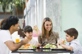 Aseguran que presencia del padre es muy importante para crianza de los hijos