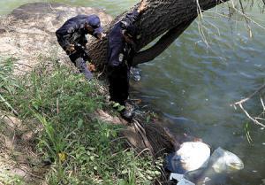 Hallan 18 cadáveres flotando en un río