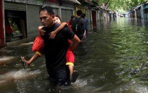 Deslaves dejan nueve muertos en Indonesia