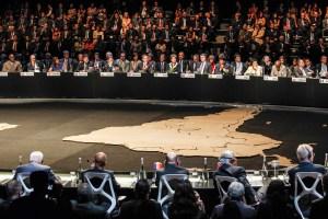 Piñera cierra la Cumbre con acto en solidaridad con Brasil por la tragedia