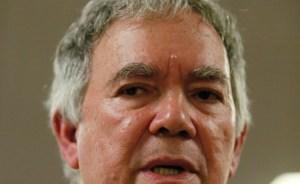 Chaderton negocia regularización de relaciones con EEUU