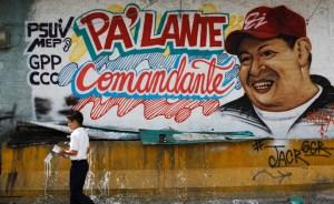 """Venezolanos en EEUU alertan que """"se está dando un golpe de Estado"""""""