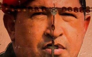 Los venezolanos viven la ausencia de Chávez con opiniones divididas