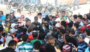 Protestas estudiantiles colapsaron vías de Coro (Foto)