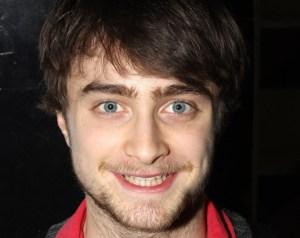 Daniel Radcliffe cambió la inocencia de Harry Potter por escenas de sexo gay
