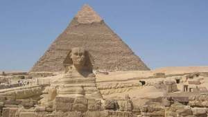 Degüellan a un niño egipcio como sacrificio