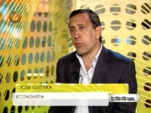 José Guerra: Ni el acaparamiento ni la conducta de los venezolanos explica el problema de la escasez