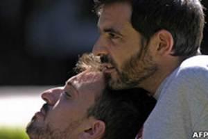 Asumir públicamente la homosexualidad es bueno para la salud