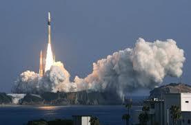 Japón lanza dos satélites de espionaje