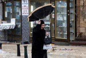 Israel paralizado por el peor temporal desde hace una década