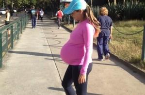 Lilian Tintori muestra su barriguita de nueve meses (Fotos)