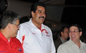 Maduro y Ramírez llegaron a Cuba (Foto y Video)