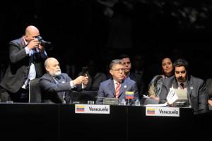 Maduro leyó en la Celac carta atribuida a Hugo Chávez (Video, Carta y Fotos)