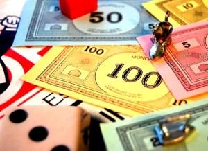 """Los usuarios de """"Monopolio"""" deciden qué ficha saldrá del tablero"""