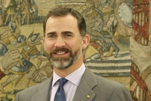 El príncipe Felipe busca relegitimar la monarquía en España