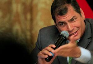 Correa: ausencia de Chávez sería un golpe pero la revolución debe seguir