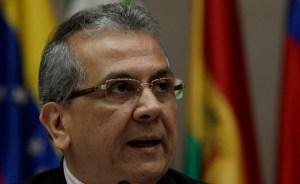 Cabezas niega que haya anunciado medidas económicas del Gobierno