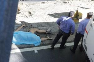 Hallan cuerpo de un transgénero a orillas del río Guaire (Fotos)