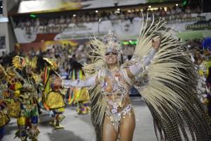 El Sambódromo incendia el carnaval de Río (Fotos)