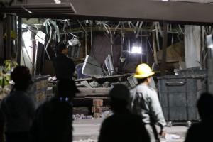 """""""El suelo se estremeció, como si fuera un sismo"""", en la torre de Pemex (Fotos)"""