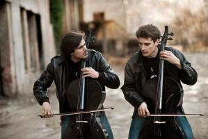 Cuando el rock y el pop se mezcla con la música clásica gracias a dos croatas (y suena de maravilla)