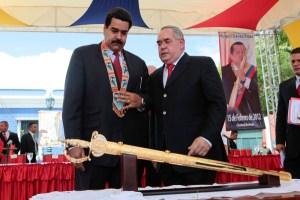 """Maduro culpa a Capriles de los """"hechos violentos"""" en la Embajada de Cuba"""