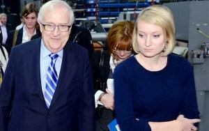 ¡Escándalo! Se pelean por los senos de esta periodista (FOTO)
