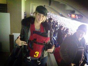 Shakira y Milan van al estadio a ver a Piqué (foto)