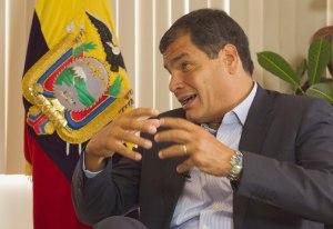 Correa: Chávez decía que nadie es imprescindible