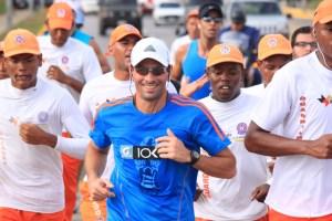 Capriles puso a correr a todos en Higuerote (Fotos)