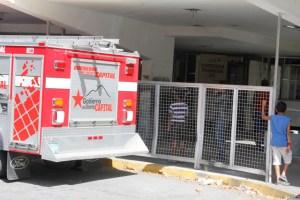 Controlado incendio de la Tribuna C del Hipódromo La Rinconada (Fotos)