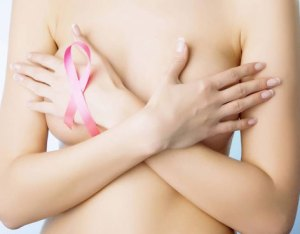 Masajes eróticos contra el cáncer de mama