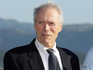 Clint Eastwood respalda el matrimonio gay en EEUU