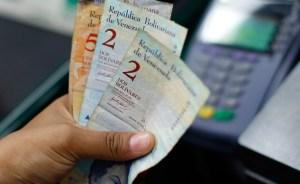 Devaluación disminuye el poder adquisitivo del venezolano en 32%