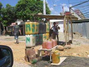 Aumento de la gasolina permitiría aumentar el flujo de caja en Pdvsa