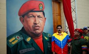 Regreso a Caracas deja a Chávez ante toma de posesión postergada en enero