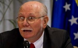 Ajuste cambiario busca sostener logros sociales del Gobierno, según Giordani