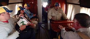 """Ahora Maduro también le """"ruletea"""" el helicóptero VIP a Hugo Chávez (fotos)"""