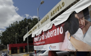 ONG: Hace más daño ocultar la realidad sobre la salud de Chávez, que difundirla