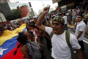 """""""Jóvenes de Venezuela tienen el reto de luchar por la restitución de los derechos perdidos"""""""