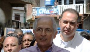 Ledezma le dice a Maduro que busque a los responsables del acaparamiento en Cuba