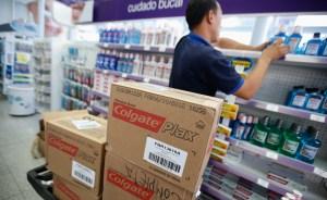 Consumidores y empresas verán el efecto de la devaluación en el primer trimestre del año