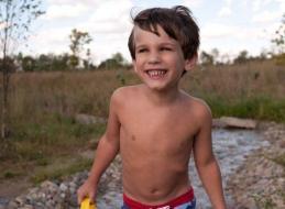 Niño viajó desde Bélgica a España sin boleto