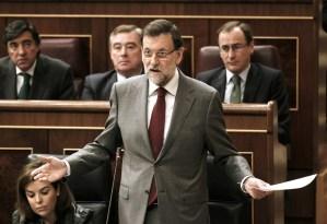 Mariano Rajoy descarta dimitir y niega haber recibido dinero negro
